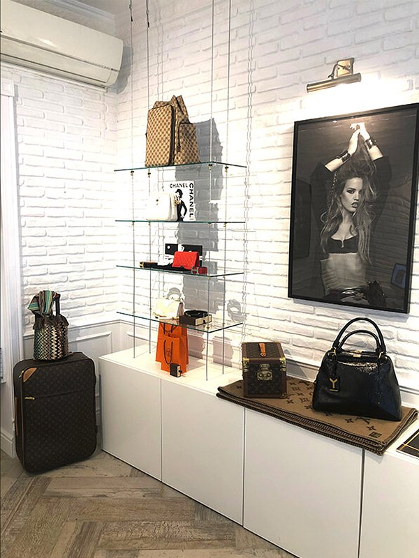PoshBags London - Barcelona Showroom